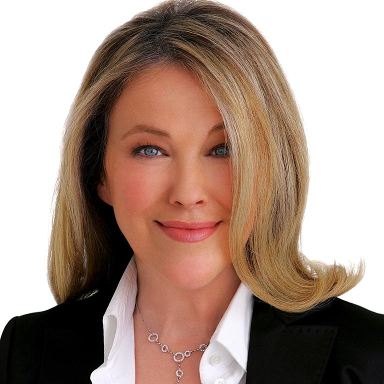 Actress, Catherine O'Hara headshot photo image